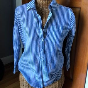 3/4 sleeve button down blouse white/blue small